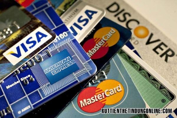 Phi thuong nien techcombank visa