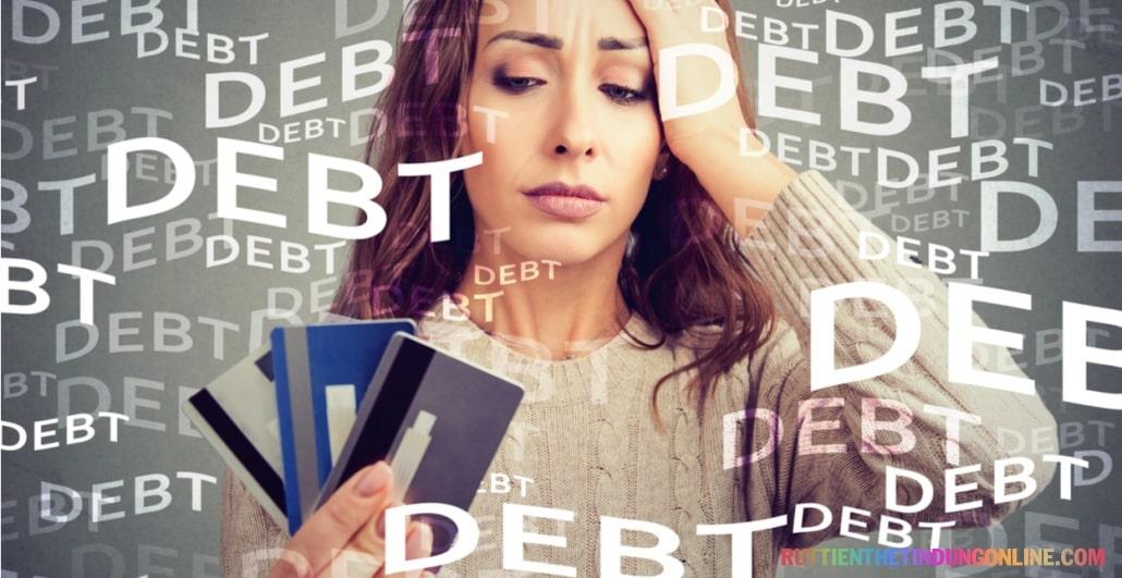 Không thanh toán thẻ tín dụng có sao không